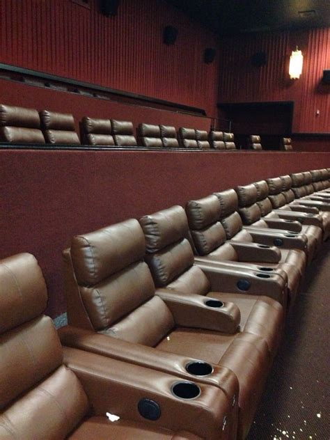 tulsa movie theaters with recliners cinemark usa 28 photos 41 reviews cinema 10802 e