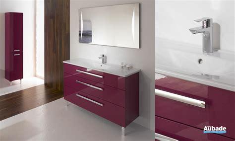 meuble salle de bain rose fushia