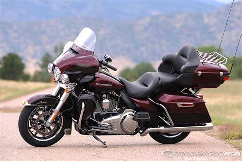 Harley Davidson Limited 2014 harley davidson touring rides photos