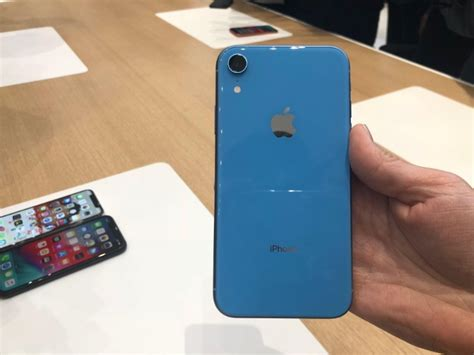 iphone xr apple iphone xr impressions gadgets now