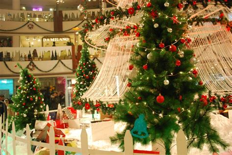 remarkable christmas celebration and shopping in delhi