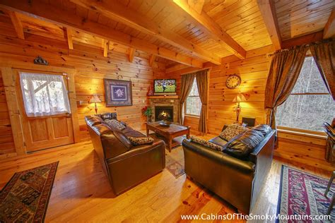 8 bedroom cabins in pigeon forge pigeon forge cabin amber twilight 3 bedroom sleeps 8