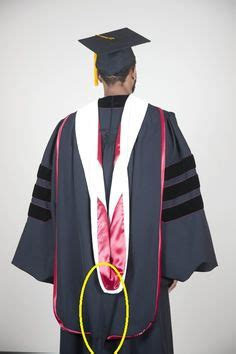 Iu Graduation Gowns Mba by 1000 Ideas About Phd Graduation On Master Of