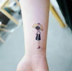 tatuaggi femminili  delicati  chi ama stupire