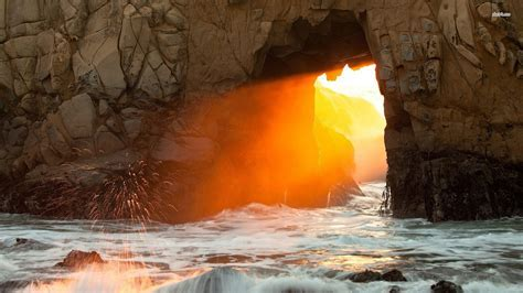 Pfeiffer Beach California Wallpaper