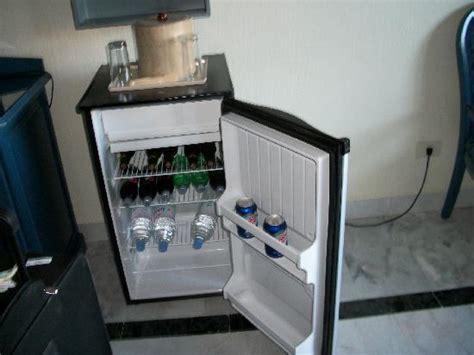 frigo chambre frigo de la chambre photo de hotel riu caribe canc 250 n tripadvisor