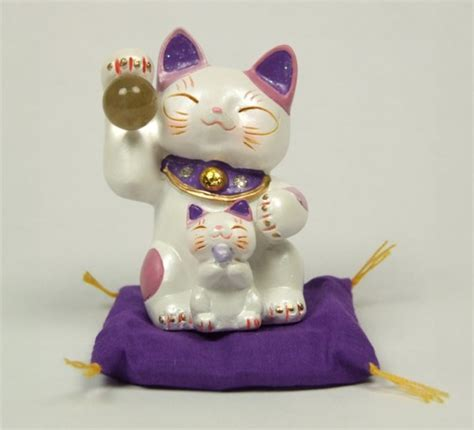 Maneki Neko purple Feng Shui Lucky cat & kitten