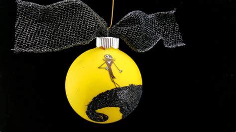 diy nightmare  christmas ornament glows   dark
