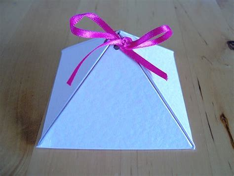 How To Make Paper Things - things to make and do make a pyramid box