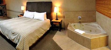 2 Person Spa Bathtub Vancouver Island Tub Suites Hotels And Resorts With
