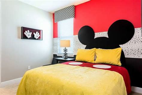 gambar mickey mouse foto lucu wallpaper kartun boneka