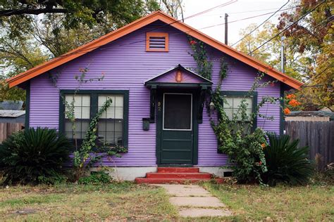 Invata Cum Sa Alegi Culoarea In Care Vopsesti Exteriorul Casei Exterior Paint Color Schemes For Stucco Homes