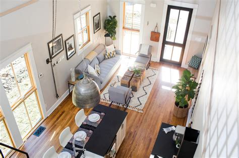 hgtv fixer upper gallery photos hgtv s fixer upper with chip and joanna gaines hgtv