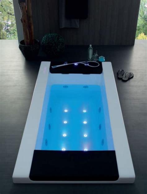vasche da bagno con idromassaggio vasca idromassaggio con cascata quot vittoria quot