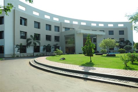 Sanjay Ghodawat Institute Mba by Mba Infrastructure And Laboratories Sanjay