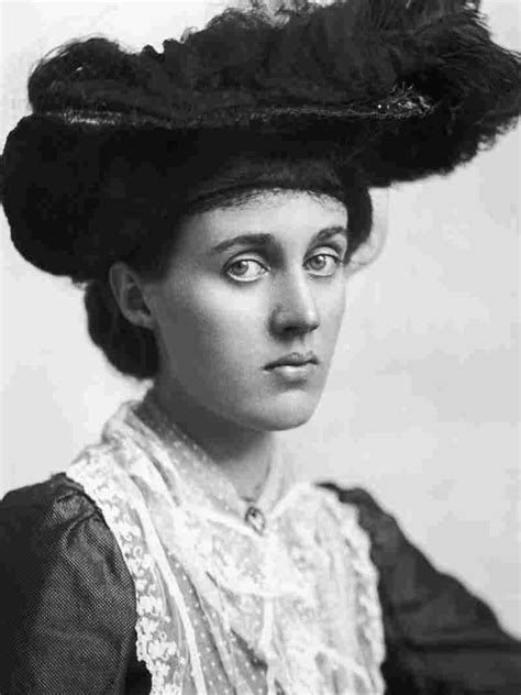 vanessa bell all things bloomsbury priya parmar s vanessa and her sister an interview with hermione lee at