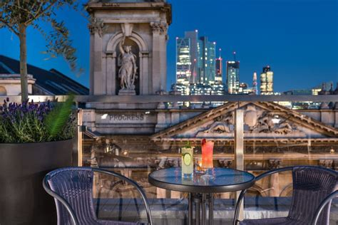 roof top bars shoreditch best rooftop bars in london for you to hire from headbox