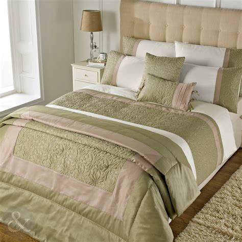 Gold Quilt Cover Sets by Gold Embroidered Floral Duvet Cover Cotton Rich Quilt