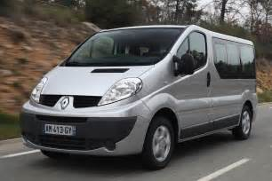 Renault Trafic Pictures Renault Trafic Passenger 2011 Pictures Renault Trafic