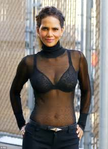 Halle berry tr 232 s sexy en top transparent photos non stop people