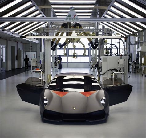 Lamborghini Showroom Uk Production Of Lamborghini Sesto Elemento Finally Started