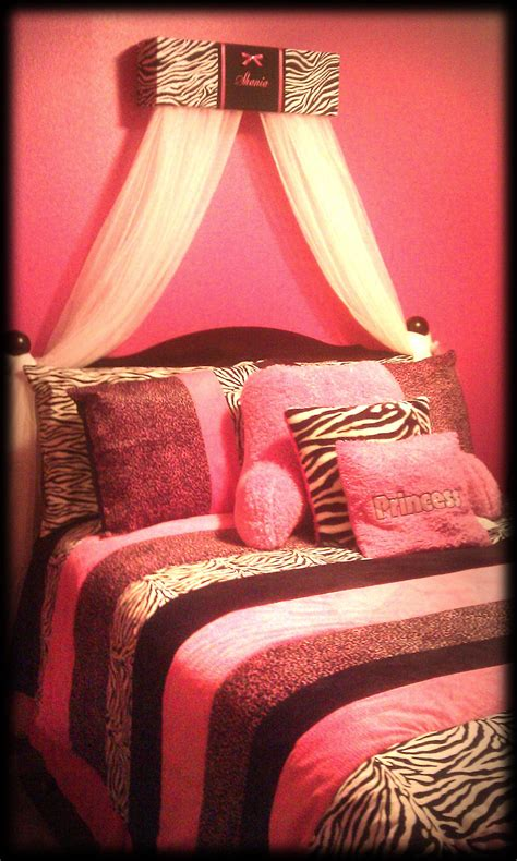 bedroom epic picture of zebra bedroom design and decoration using light pink