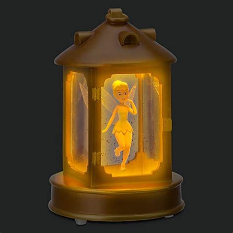 Tinker Bell In Lantern Light Up Snowglobe Disney Store 7 5 Light Tinkerbell