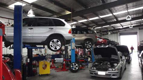 garage service meet the world class car servicing