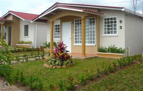 imagenes de jardines para frentes de casas fachadas de casas peque 241 as