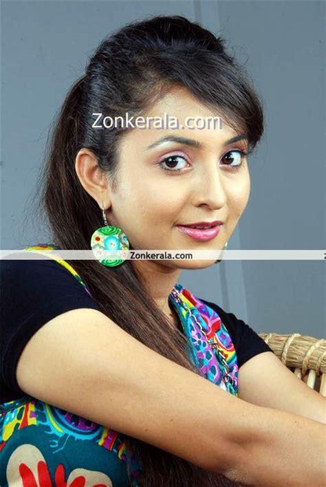 malayalam actress list new mallu actress heart tuoching photo gallery world of
