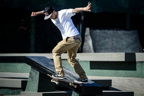 ryan sheckler backyard skatepark catching up with ryan sheckler video red bull skate