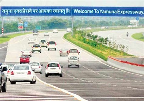 Yamuna Expressway Also Search For Yamuna Expressway To Turn Into Electronics Manufacturing Hub Indiatv News