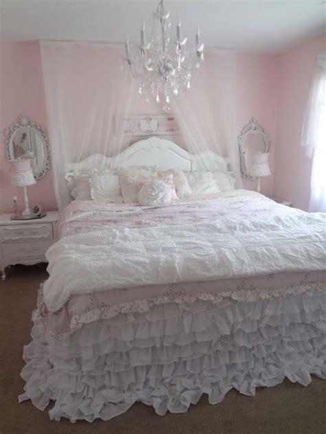 best 25 romantic beds ideas on pinterest romantic bedding canopy bedroom and diy patio