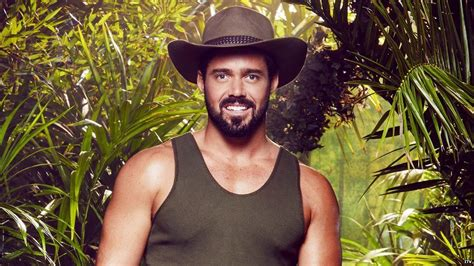 celebrity jungle who is out i m a celeb spencer matthews quits the jungle bbc newsbeat