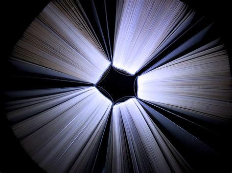 wallpaper sayap hitam gambar baca baca sayap cahaya hitam dan putih sinar