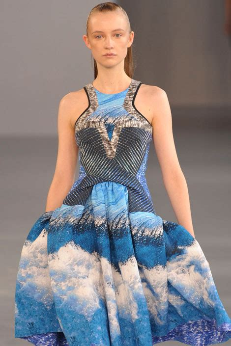Fascinating Look In Sea Inspired How To Do Fascinating Look In Sea Inspired How To Do