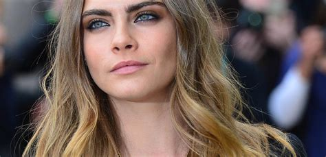 The Paparazzi Are Ruining Jessicas by Cara Delevingne Goes On Epic Rant About Paparazzi