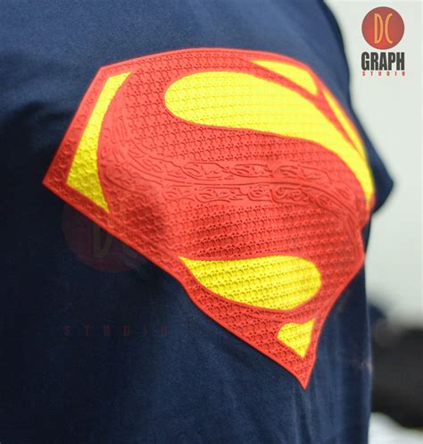 Sablon Dtg Kaos Superman Blue jual t shirt kaos superman logo timbul of