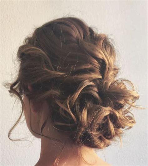 side buns for shoulder length fine hair 25 best ideas about messy bun wedding on pinterest