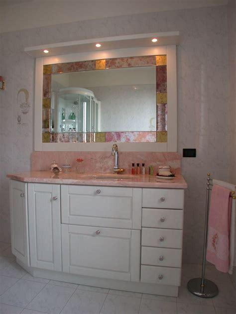 mobili da bagno in legno bagno in legno laccato bianco contado roberto