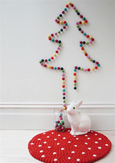 membuat kerajinan pohon natal 10 kreasi unik dan kreatif membuat pohon natal sendiri