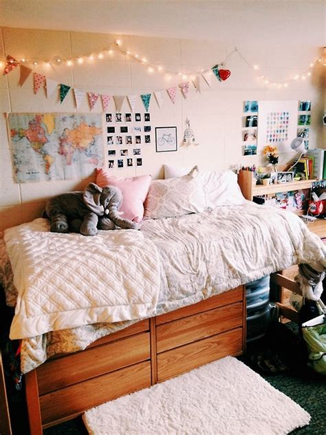 diy ways to decorate your room for christmas cute and cheap ways to decorate your college dorm room