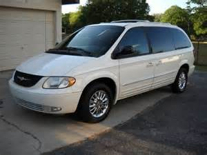 2002 Chrysler Town And Country Limited 4 995 2002 Chrysler Town And Country Limited Edition