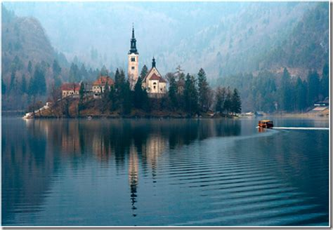 Liana Ez Biru 10 danau paling omagah di dunia