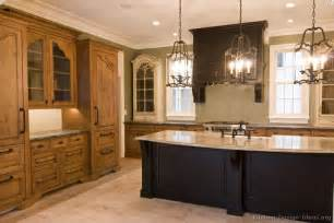 Ideas For Light Colored Kitchen Cabinets Design Pictures Of Kitchens Traditional Two Tone Kitchen Cabinets