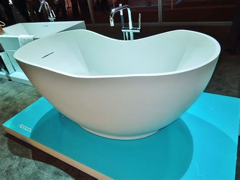 stand alone bathtubs modern stand alone tubs ideas the homy design