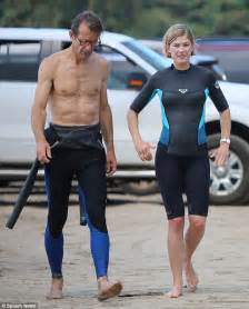 Bonde De 786 by Rosamund Pike 35 Shows Sculpted Abs As She Hits The