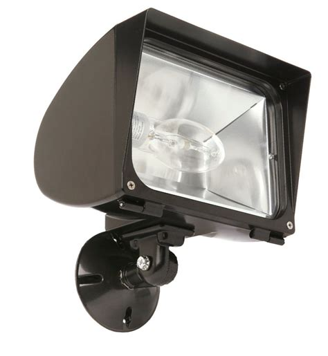 Metal Halide Outdoor Lights Designers Edge L1768 70w Metal Halide Flood Light And Outdoor Security Light Bronze At