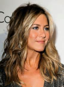 hairstyles for 50 for brown hair and highlights jennifer aniston jennifer aniston picture