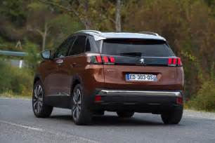 Peugeot Suv Reviews New Peugeot 3008 Suv 2016 Review Pictures Auto Express